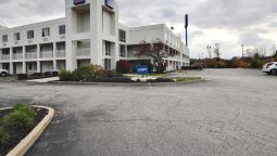 Buitenaanzicht MOTEL 6 CLEVELAND-WILLOUGHBY