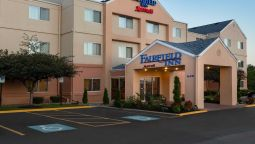 Exterior view Fairfield Inn Racine