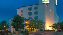 Exterior view DAYS INN PITTSBURGH AIRPORT