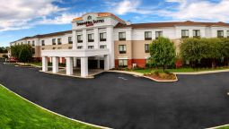 Buitenaanzicht SpringHill Suites Milford