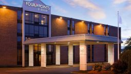 Exterior view Quality Inn Manchester Airport