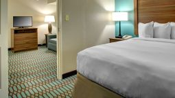 Room COUNTRY INN STES DT TUNNEL RD