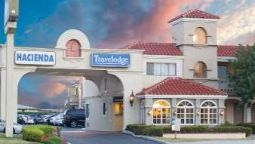 Exterior view TRAVELODGE COSTA MESA NEWPORT