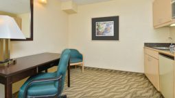 Room Quality Inn & Suites Tampa - Brandon near Casino