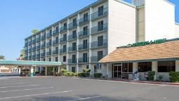 Exterior view Quality Inn Madera