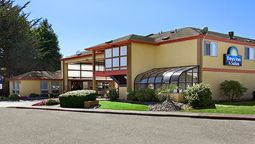 Exterior view DAYS INN ARCATA