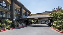 Exterior view Quality Inn Ontario Airport Convention Center