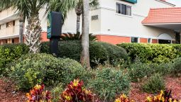 Exterior view Quality Inn & Suites Saint Augustine Beach