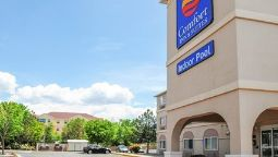 Buitenaanzicht Comfort Inn & Suites North
