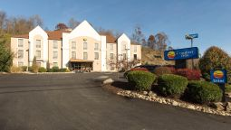 Exterior view Comfort Inn Pittsburgh