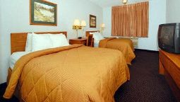 Room Quality Inn & Suites Sturgeon Bay