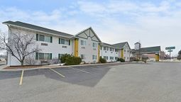 Exterior view Quality Inn & Suites Stoughton - Madison South