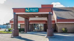 Buitenaanzicht Quality Inn Marshfield