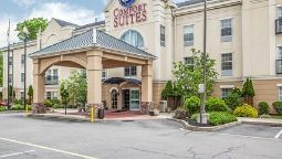 Exterior view Comfort Suites North Brunswick