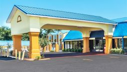 Exterior view DAYS INN TROY