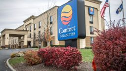 Exterior view Comfort Inn & Suites Airport - Wolf Road