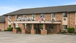 Exterior view DAYS INN MANISTEE