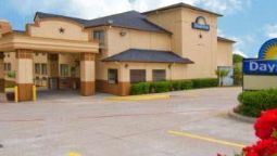 Exterior view DAYS INN ARLINGTON