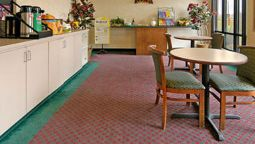 Buitenaanzicht DAYS INN & SUITES OPELOUSAS