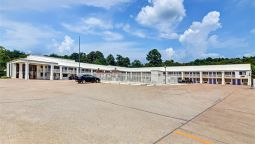 Exterior view DAYS INN LINDALE