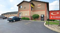 Exterior view Econo Lodge Cedar Rapids