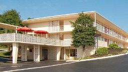 Exterior view Econo Lodge Fort Knox
