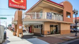 Exterior view Econo Lodge Beach and Boardwalk