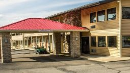 Exterior view Econo Lodge Wooster