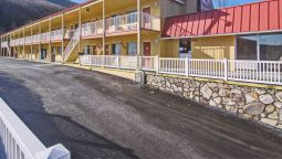 Exterior view Econo Lodge Near Bluefield College