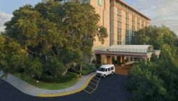 Exterior view Embassy Suites by Hilton Tampa USF Near Busch Gardens