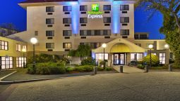Buitenaanzicht Holiday Inn Express BOSTON-WALTHAM