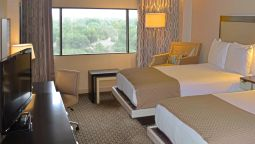 Room DoubleTree by Hilton Houston Hobby Airport