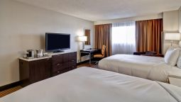 Room DoubleTree by Hilton Pleasanton at the Club