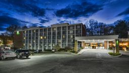 Exterior view Holiday Inn CHARLOTTESVILLE-UNIV AREA