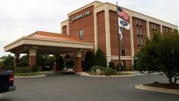Exterior view Hampton Inn Raleigh-Capital Blvd N