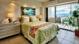 Room CASTLE WAIKIKI SHORE BEACHFRONT CONDOS