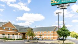 Exterior view Quality Inn & Suites University/Airport