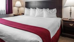 Room Quality Inn Grand Suites Bellingham
