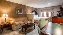 Kamers Quality Inn & Suites Near The Border