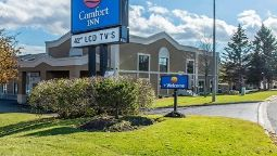 Exterior view Comfort Inn Brockville