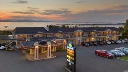 Exterior view DAYS INN RIVIERE-DU-LOUP