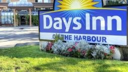 Exterior view DAYS INN VICTORIA ON THE HARBR