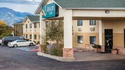 Exterior view Quality Inn Colorado Springs Airport