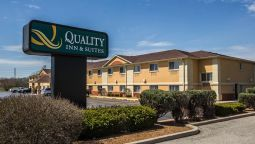 Exterior view Quality Inn & Suites South