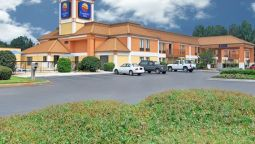 Exterior view Quality Inn & Suites Richburg