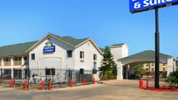 DAYS INN AND SUITES PORT ARTHU