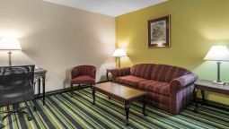 Room Quality Suites Kansas City International Airport
