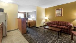 Kamers Quality Suites Kansas City International Airport