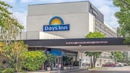 Exterior view DAYS INN GLENDALE LOS ANGELES