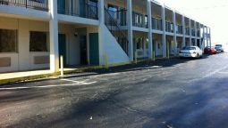 Buitenaanzicht RED CARPET INN AND SUITES DANVILLE